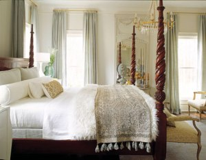 pillar bed